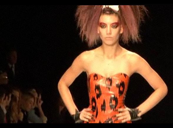 Latem 2010 będą modne ciuchy Flinstonów