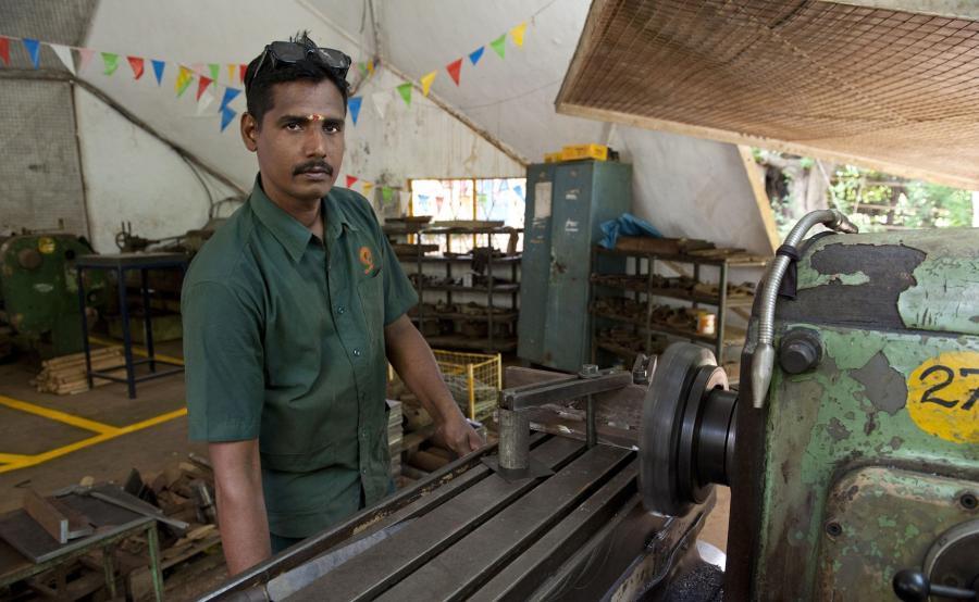 Pracownik z Indii