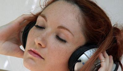 10 mln europejczykow może stracić słuch