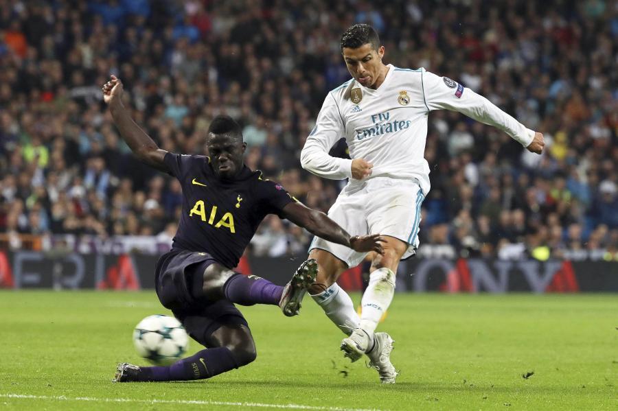 Cristiano Ronaldo i Serge Aurier
