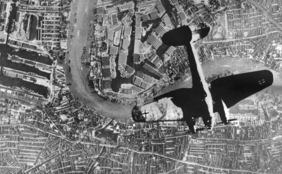Heinkell He-111 nad Londynem
