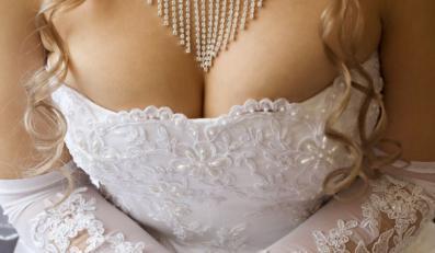 Piersi szyte na ślubną miarę
