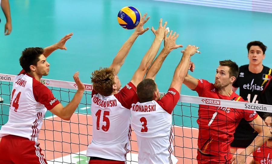 Aleksander Śliwka (L), Jakub Kochanowski (2L) i Dawid Konarski (2P)