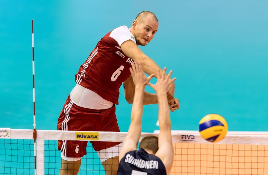 Polak Bartosz Kurek (L) i Niko Suihkonen (P) z Finlandii