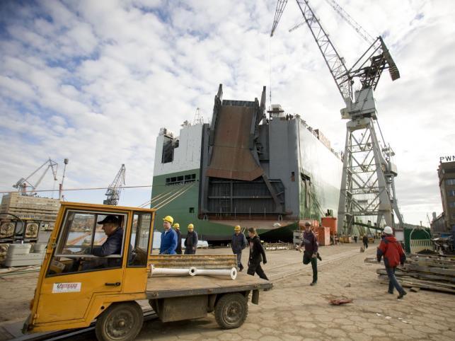 W 2003 roku Stocznia zajęła pierwsze w Europie i piętnaste w świecie miejsce w kategorii wielkości produkcji (wyrażonej w CGT - compensated gross tonnage)