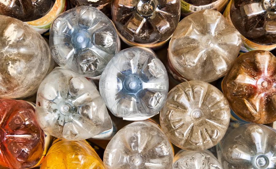 Zużyte plastikowe butelki
