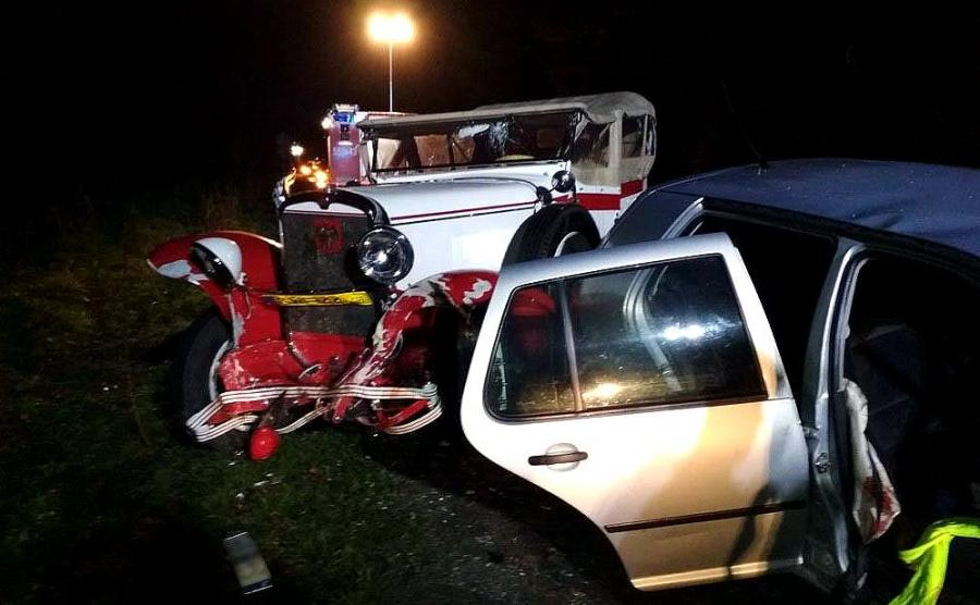 Wypadek CWS T1 i VW Golfa