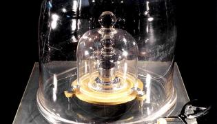 Wzorzec kilograma z Sevres