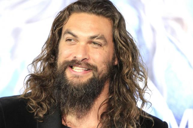 "Jason Momoana premierze filmu ""Aquaman"""