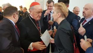 Joanna Scheuring-Wielgus i kardynał Nycz na sejmowej wigilii