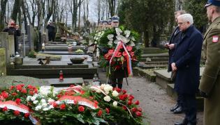 Szef MSZ przy grobie Aleksandra Ładosia