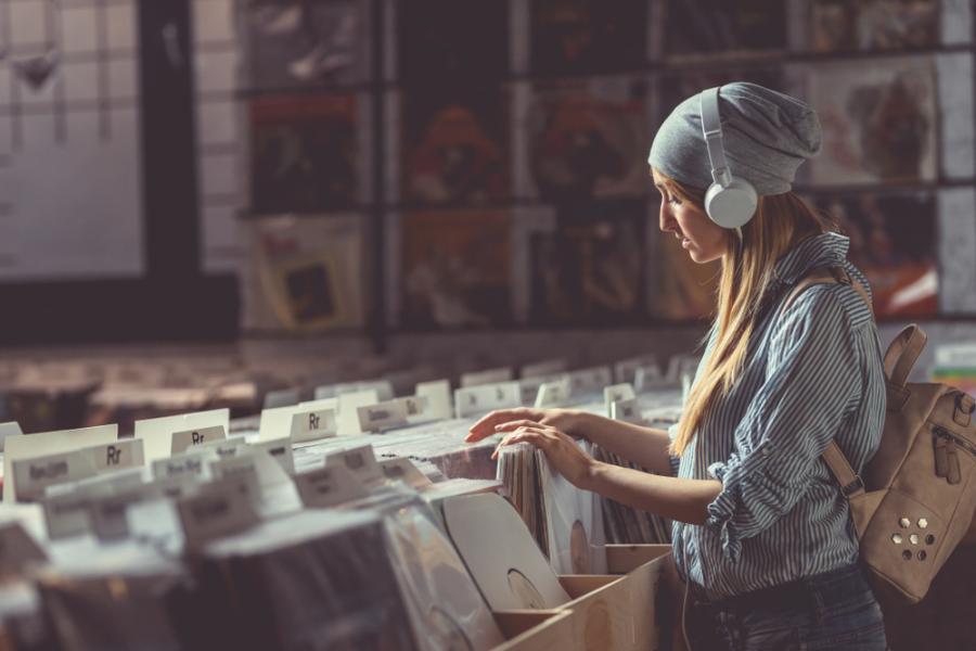 Straeaming na uszach, winyl do słuchania we dwoje - oto przyszłość muzyki