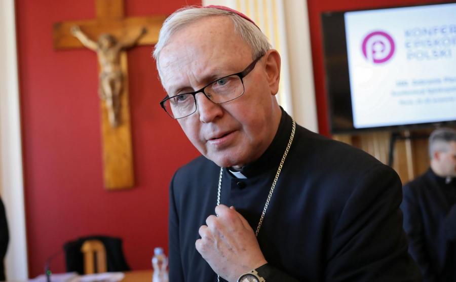Biskup diecezjalny płocki Piotr Libera