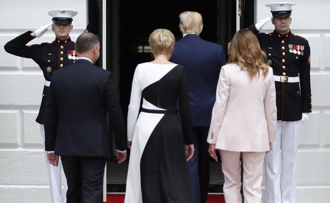 Para prezydencka powitana przez Donalda Trumpa i Melanię Trump
