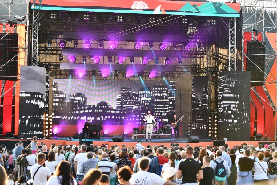 Sławek Uniatowski Scena Główna (Dolna Rówień Krupowa) Lato z Radiem Festiwal 2019 Zakopane 3