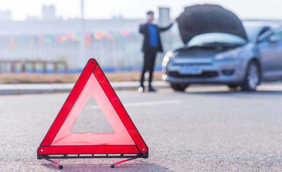 Wypadek trójkąt ostrzegawczy
