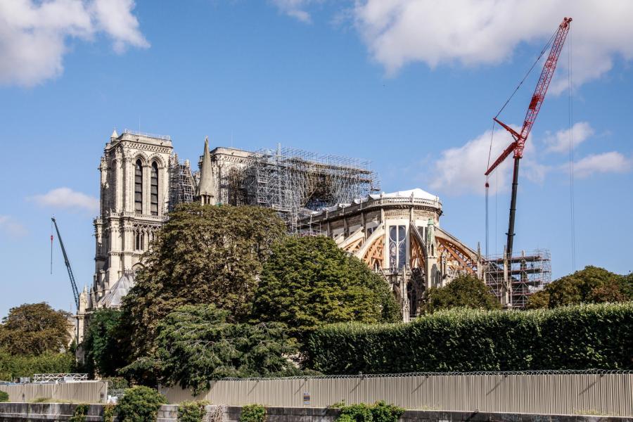 Katedra Notre Dame w remoncie