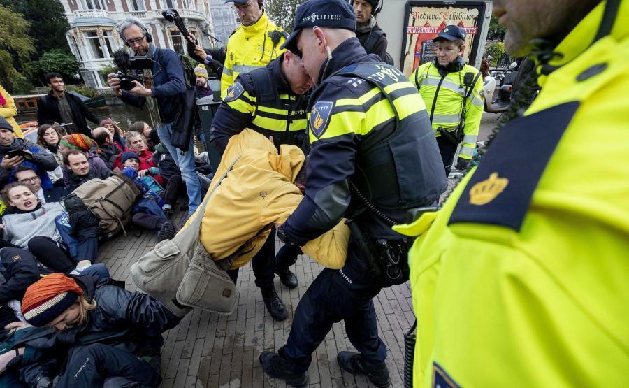 Extinction Rebellion w Amsterdamie