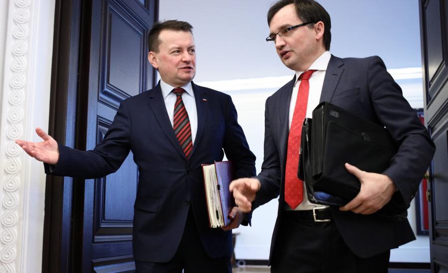 Minister obrony Mariusz Błaszczak i minister sprawiedliwości Zbigniew Ziobro