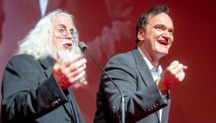 Reżyser, autor zdjęć Robert Richardson (L) i reżyser Quentin Tarantino (P) podczas gali zakończenia 27. edycji Festiwalu EnergaCAMERIMAGE