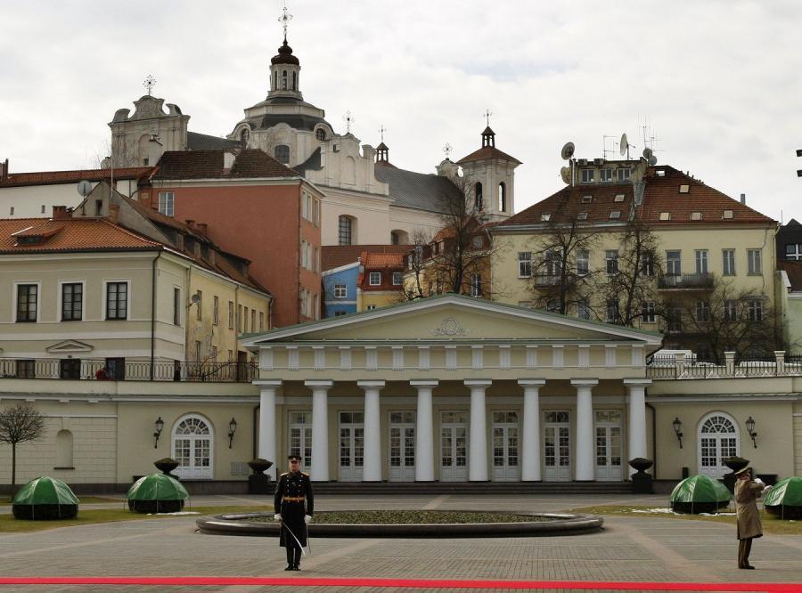 Dwujęzyczne nazwy ulic są wbrew prawu - ocenia litewski premier
