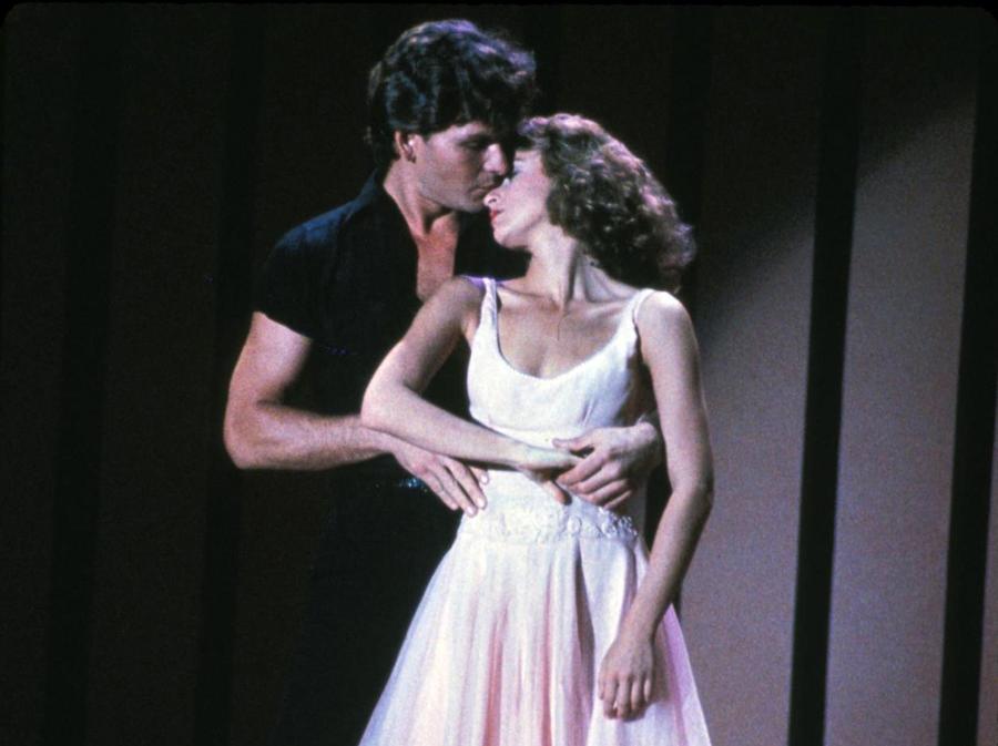 Patrick Swayze i Jennifer Grey w kultowym \