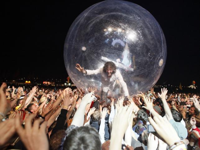 Koncert Flaming Lips na festiwalu Glastonbury (25 czerwca 2010)