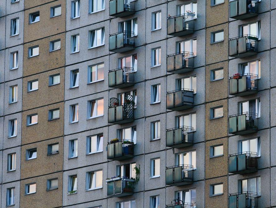 Milion rodzin wciąż bez mieszkania