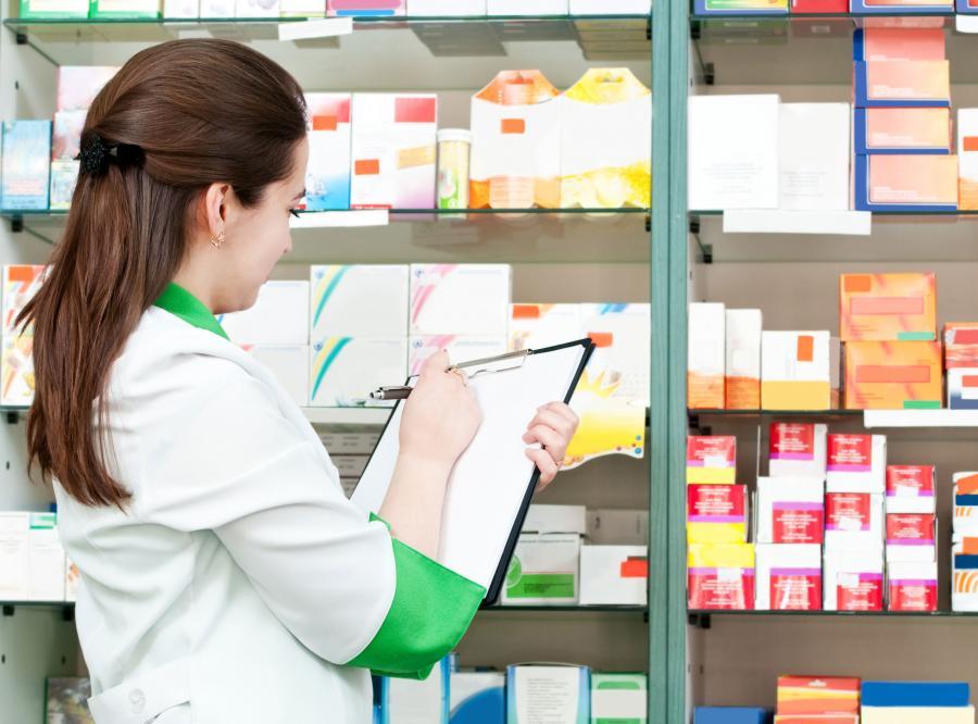 Dwa tysiące osób z farmacji na bruk