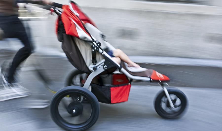 Poruszanie się z wózkiem w mieście to wciąż duży kłopot
