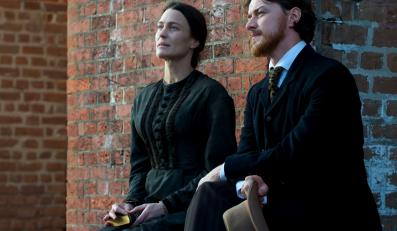 "James McAvoy i Robin Wright w filmie ""The Conspirator"""