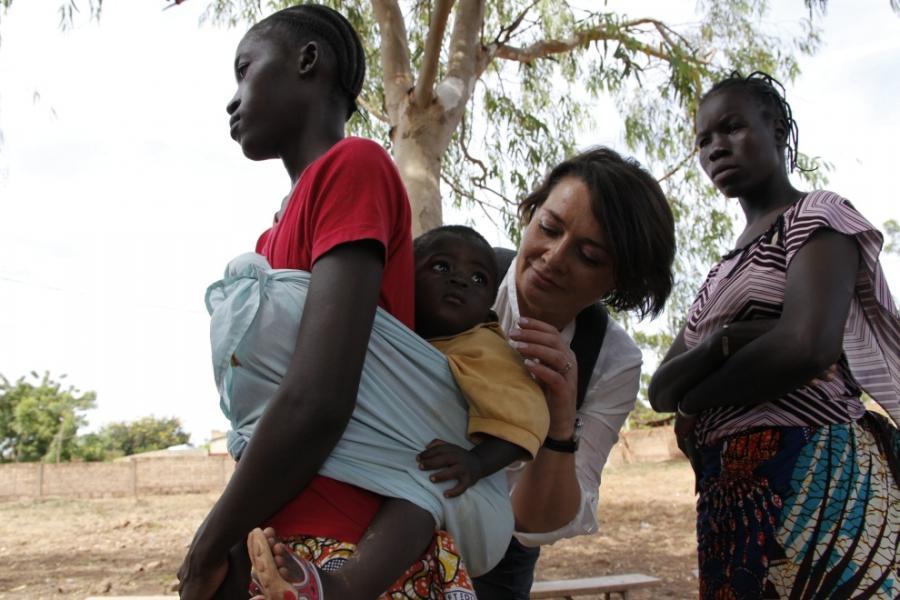 Małgorzata Ostrowska-Królikowska - ambasadorka akcji Pampers-Unicef - w Burkina Faso