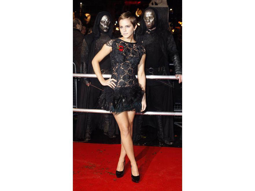 """Emma Watson. Młodociana gwiazda """"Harry'ego Pottera"""" to jedna z najbardziej chwalonych znawczyni mody w show-biznesie. Przez """"Glamour"""" została okrzyknięta najlepiej ubraną gwiazdą. Miejsce pierwsze."""