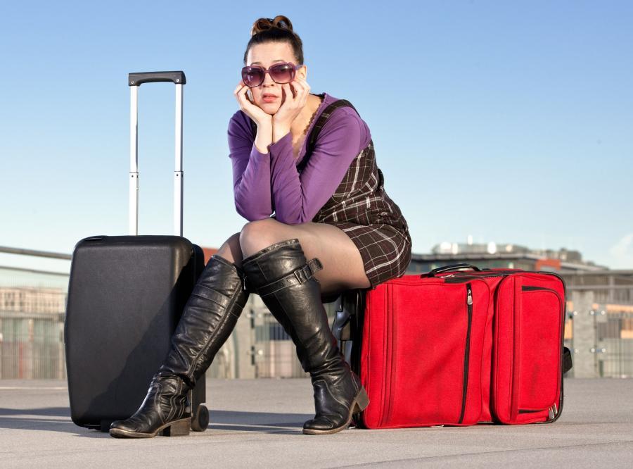 podróż wakacje walizki