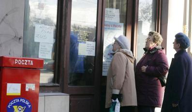 Strajkujący pocztowcy zostawią emerytów bez grosza