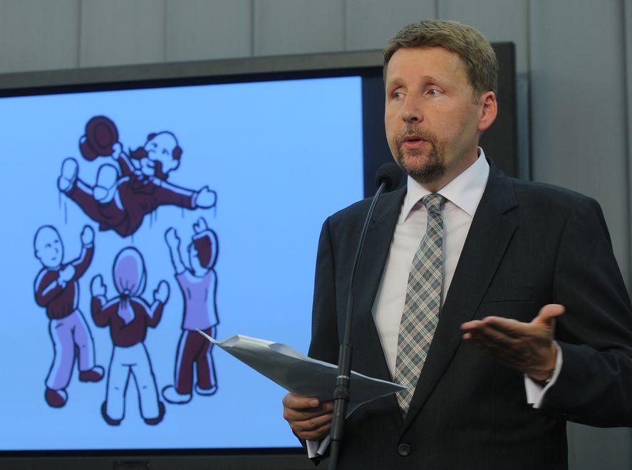 Migalski: Gdy inne partie zajmują się walką, PJN przedstawia program