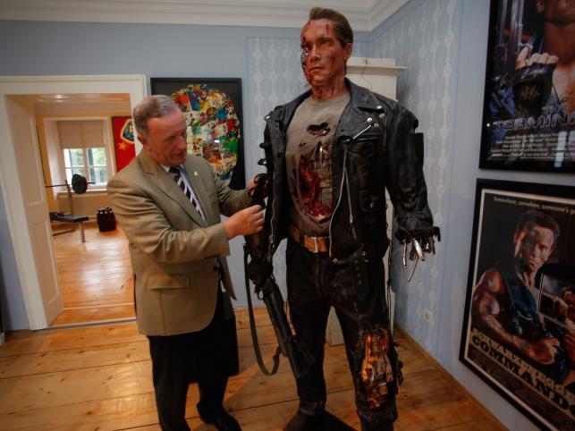 """Figura Schwarzeneggera z filmu """"Terminator"""""""