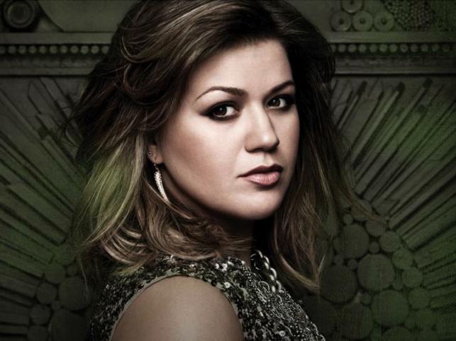 """5. Kelly Clarkson – """"Since U Been Gone"""""""