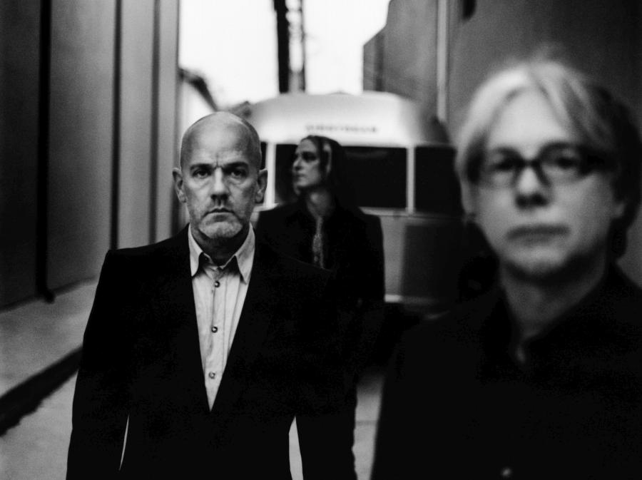 R.E.M.promuje pożegnalną składankę