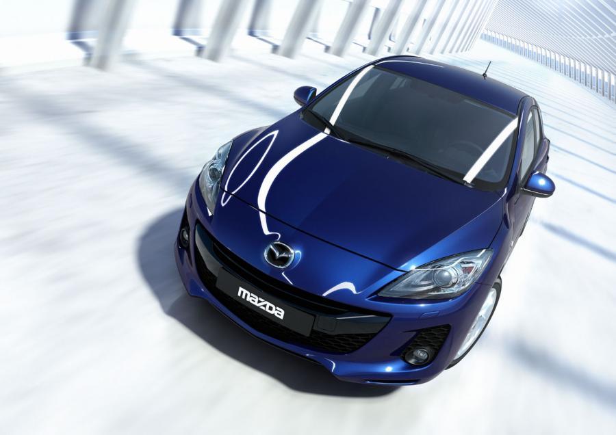 Mazda 3 już w Polsce. Tańsza i lepiej wyposażona