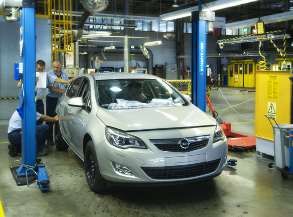 Nowy Opel zamiast astry z Polski!