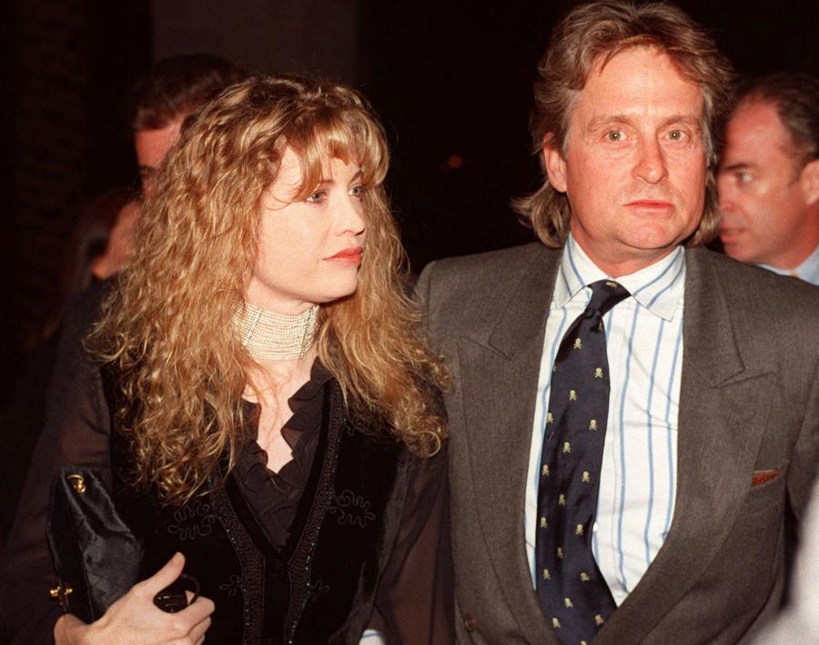 Michael Douglas rozstał się z żoną Diandrą w 2000 roku. Łzy Diandry osuszyło 45 milionów dolarów.
