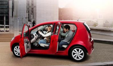 Po tym jak Volkswagen i Skoda pochwaliły się praktyczniejszymi wersjami swoich najmniejszych aut przyszła kolej na Seata