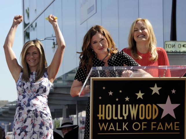 Jennifer Aniston z Kathryn Hahn i Malin Akerman