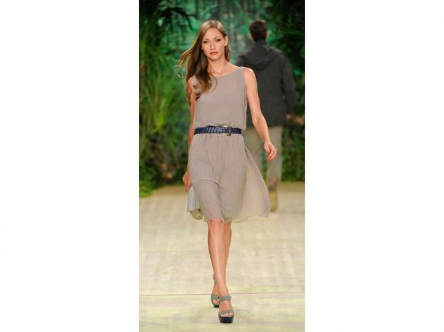 Pokaz kolekcji Sisley wiosna/lato 2012