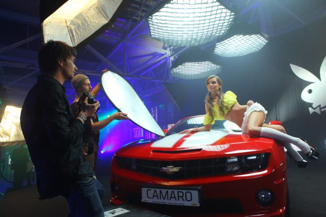 Chevrolet camaro kabriolet i jego pani