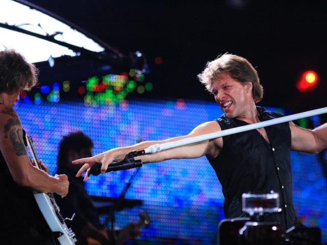 6. Jon Bon Jovi – 1,03 miliarda dolarów