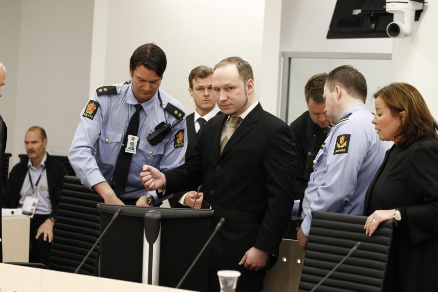 Anders Behring Breivik w sądzie