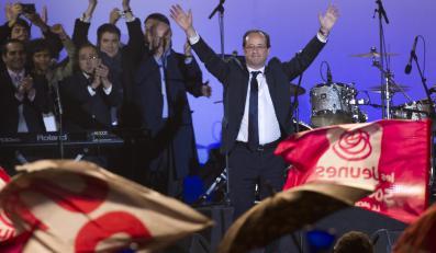 Francois Hollande świętuje wygraną w wyborach prezydenckich