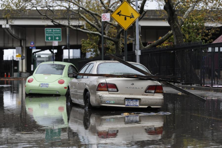 Krajobraz po przejściu cyklonu Sandy w USA